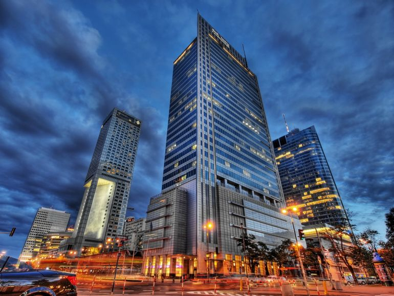 Warsaw Financial Center is located at the crossroads of Emilia Plater and Świętokrzyska Streets
