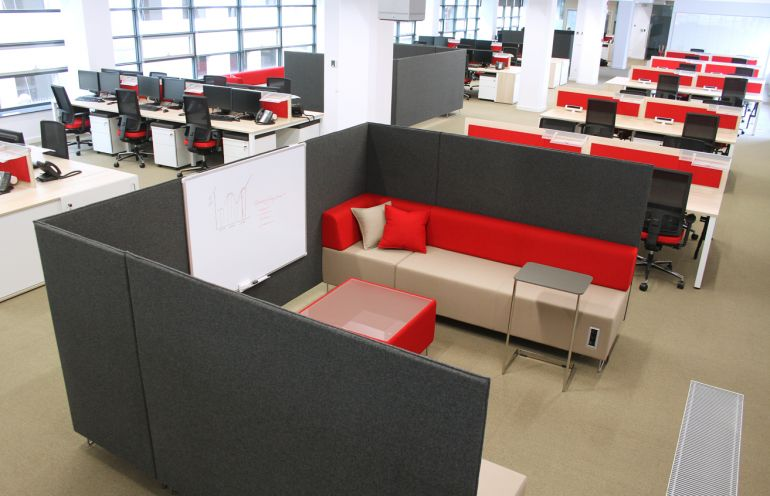 Office space arranged by Mikomax Smart Office