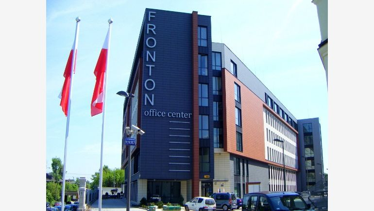 EmiTel company rented 983 sq. m. of office area located in Fronton Office Center in Cracow.