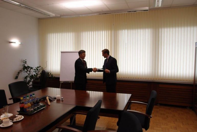 Letter of intent was signed by Zbigniew Derdziuk chairman in ZUS and Dariusz Blocher chairman in Budimeks