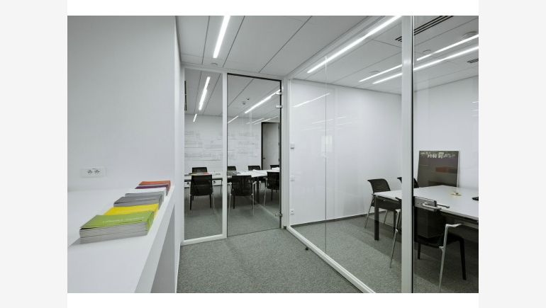 Broadway Malyan office arranged by Interbiuro, photo by Y. Hristov