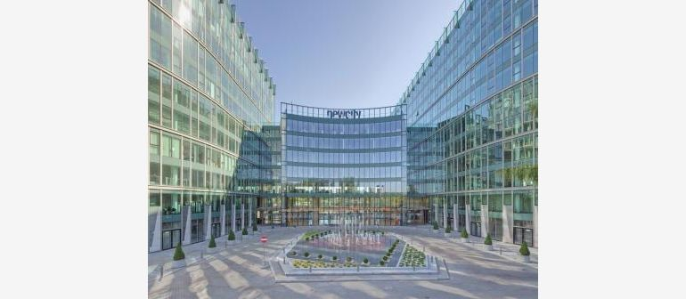 New City complex in Warsaw, purchased by Hines