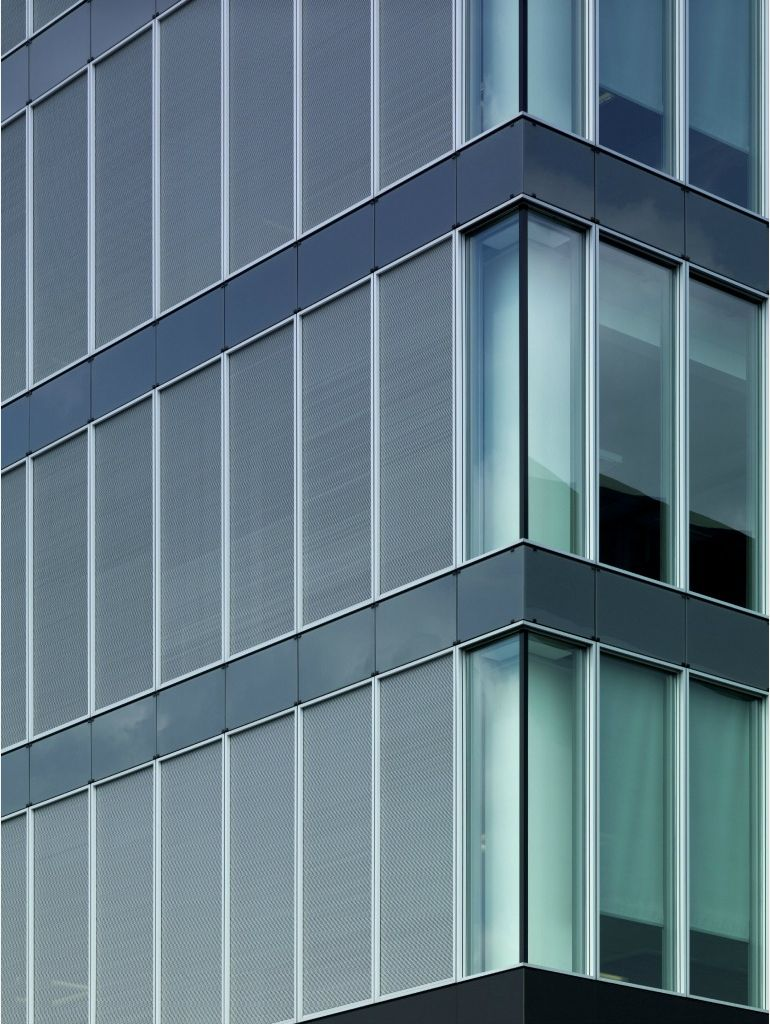 Schüco FW 50+ SG structural-glazing facade with Schüco AWS 114 SG windows, photo: Schüco