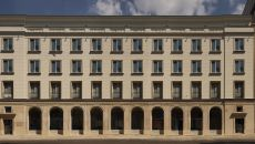 Hochtief sells an office tenement house