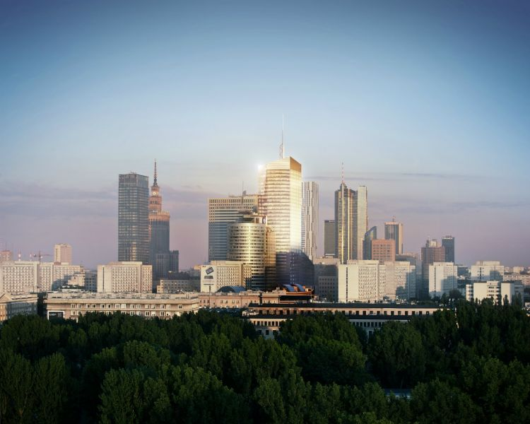 - The application of large-space glazing will make that people occupying the office will be able to admire undisturbed panorama of Warsaw, pic Echo Investment