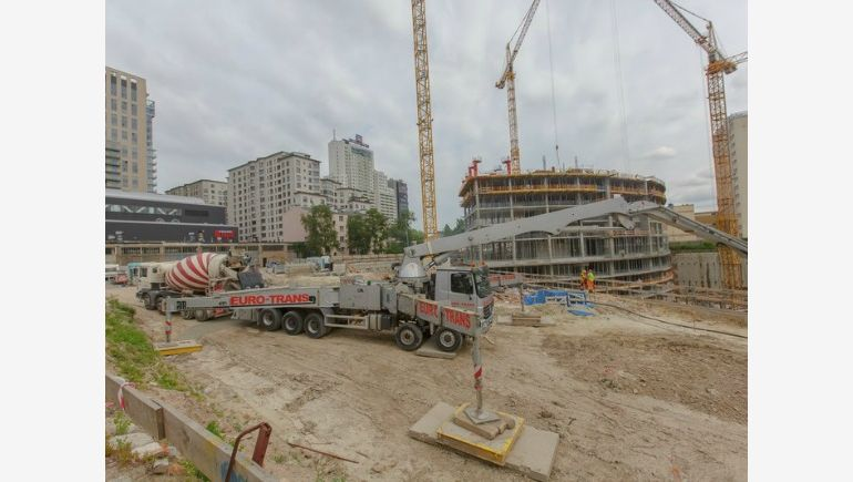 Concreting the foundations for Warsaw Spire's tower has begun